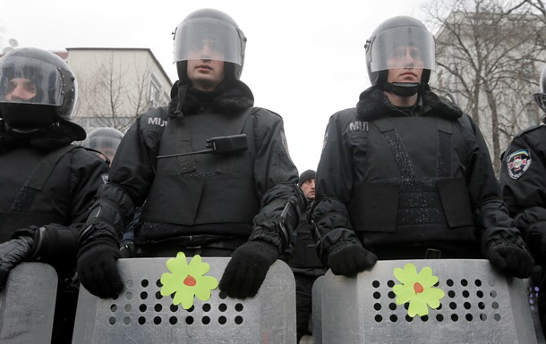 МВД - милиция - прибытие - Киев - Евромайдан - МВД подтвердило прибытие в Киев дополнительных сил милиции