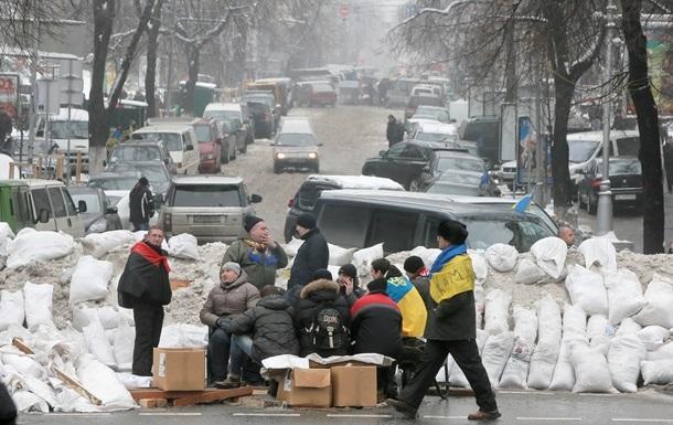 Сегодня на Майдане покажут фильм о Межигорье