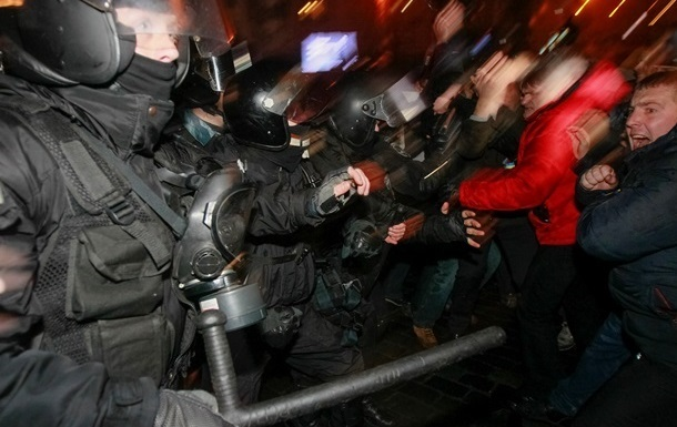 Пшонка сообщил, что в разгоне Евромайдана 30 ноября принимали участие 290 бойцов Беркута