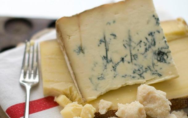 Ученые выявили полезные свойства сыра с плесенью