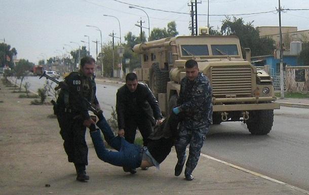 Волна насилия в Ираке не утихает. В родном городе Хусейна боевики захватили мэрию