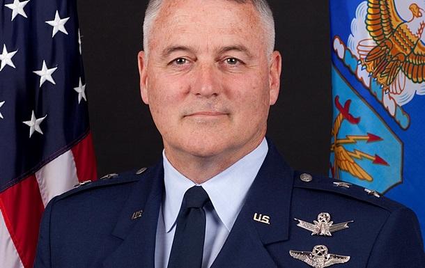 Генерала США пожурили за пьяные похождения в России