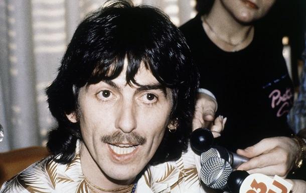Участник The Beatles перед смертью отказался от звания офицера британского ордена