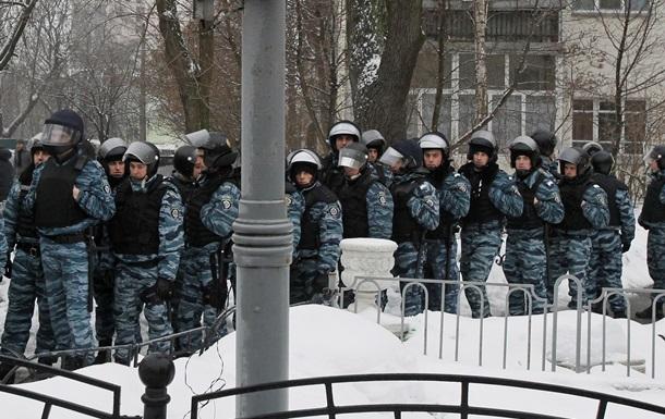 В новогоднюю ночь правопорядок в Украине будут обеспечивать 12 тысяч милиционеров - МВД