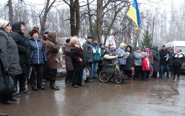 Тимошенко поздравили с Рождеством колядками и пирогами