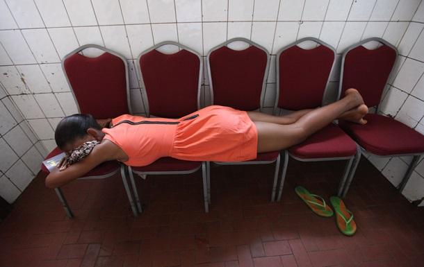 Женщины должны спать дольше, чем мужчины - ученые