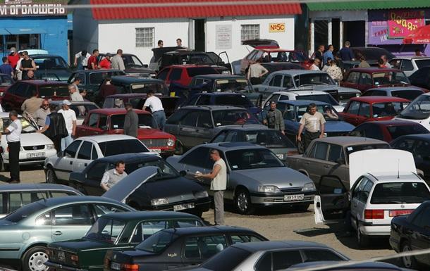 В 2013 году рынок легковых автомобилей в Украине сократился на 7,4%