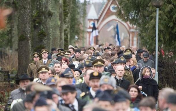 Как героя. В Эстонии с почестями похоронили эсэсовца