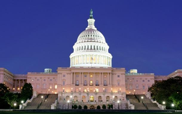 Больше половины американских конгрессменов являются миллионерами