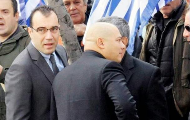 В Греции отправили в тюрьму двух депутатов ультраправой партии