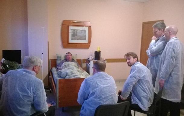 Послы США, Германии, Швеции и ЕС посетили Луценко в больнице