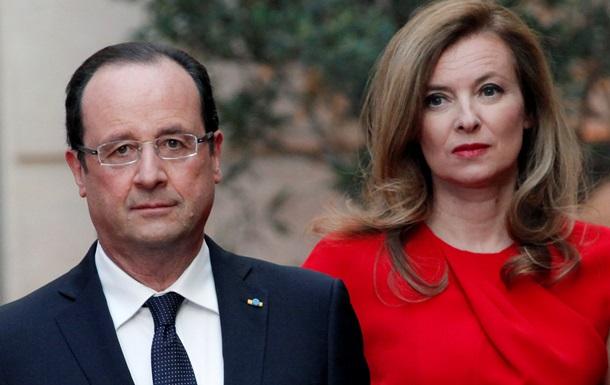 Гражданская жена президента Франции вышла из больницы
