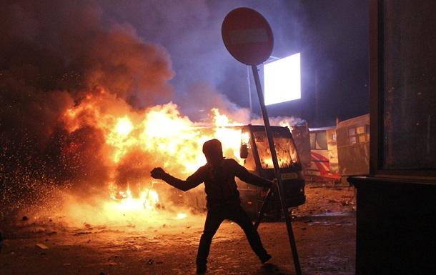 В противостоянии между Беркутом и митингующими 70 правоохранителей получили травмы.