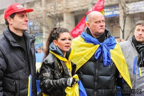 Дойче Велле называет её хозяйкой Майдана и великим мотиватором толпы