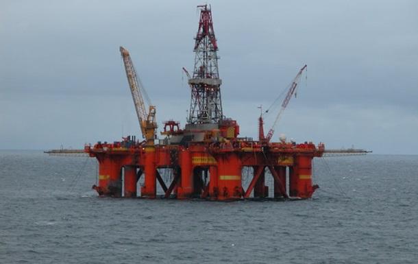 Нефтяные фьючерсы незначительно выросли