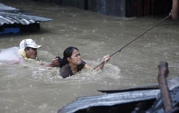 Количество жертв наводнения на Филиппинах выросло до 56