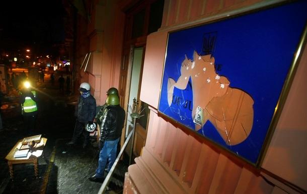 Коменданты Майдана заявляют, что непричастны к захвату административных зданий в Киеве