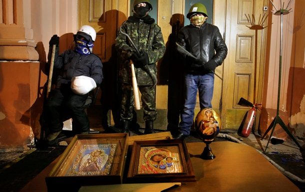 В США осудили захват админзданий в Украине