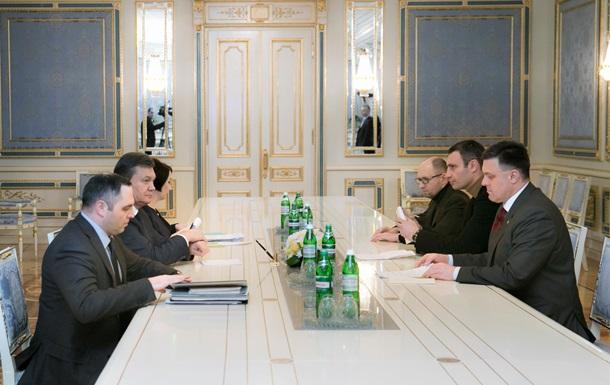 Итоги встречи президента и оппозиции: Яценюк отказался возглавить правительство