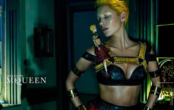Кейт Мосс стала лицом новой рекламной кампании Alexander McQueen