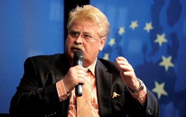 Евросоюзу надо отменить визы для украинской молодежи - Брок