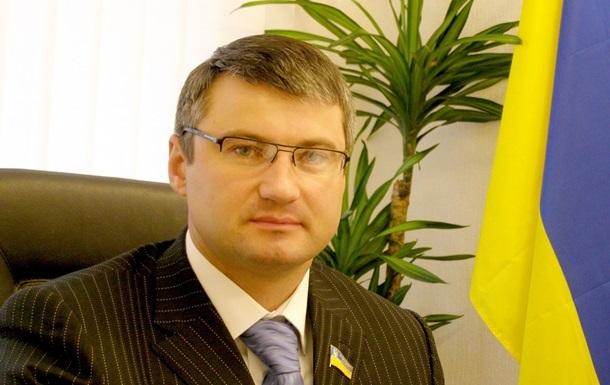 Создание нового большинства в ВР в ближайшее время исключено - депутат