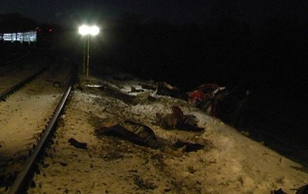 Количество жертв столкновения маршрутки с поездом в Сумской области выросло до 13