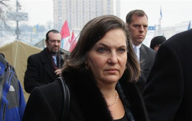 США и МВФ предоставят финансовую помощь Украине только после проведения реформ – Нуланд