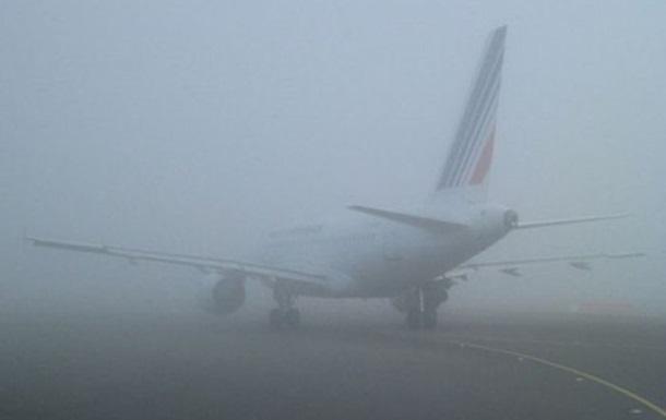 Одесский аэропорт вновь работает с перебоями из-за тумана
