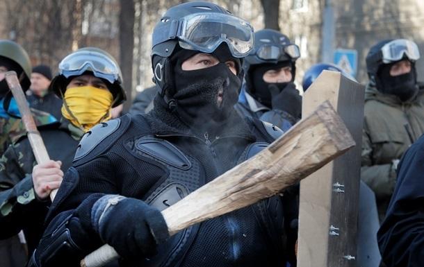 Неизвестные напали на палатки оппозиционных депутатов в Виннице