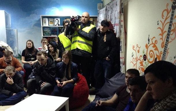 Неизвестные напали на кафе в Донецке