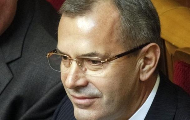 Янукович ввел Клюева вместо Левочкина в состав четырех комиссий