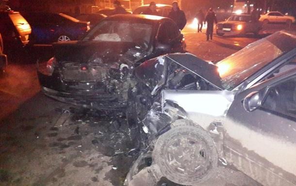 В Одессе произошло ДТП с участием трех автомобилей