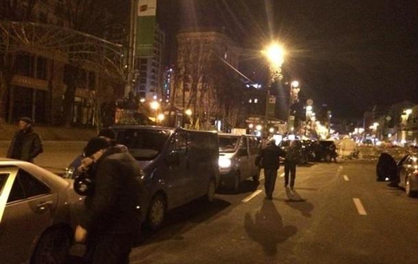 В центр Киева прибывает подкрепление из Львова