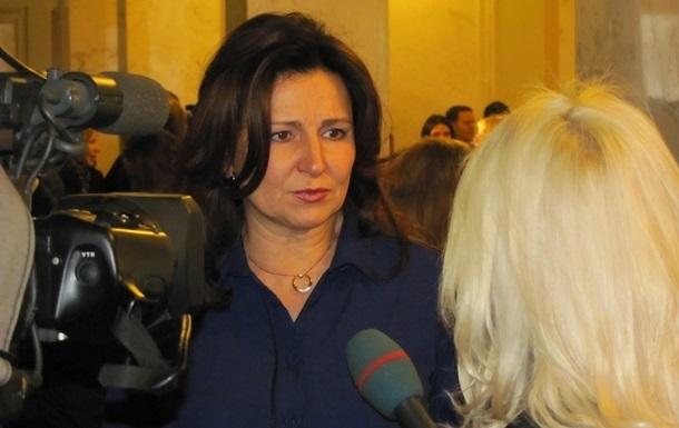 Выход депутатов из ПР носит массовый характер - Богословская