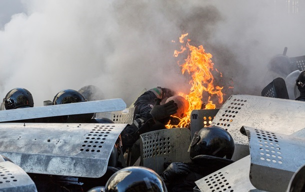 МВД: 370 правоохранителей получили ранения в боях с евромайдановцами