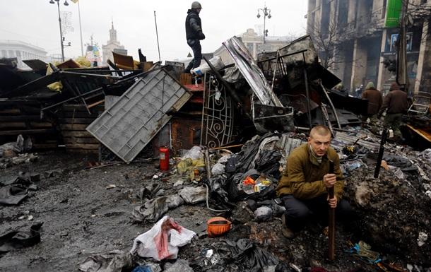 С улицы Грушевского сняли кордон бойцов внутренних войск