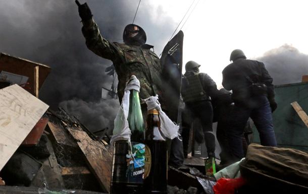 Правый Сектор требует ограничений полномочий Януковича и прекращения огня со стороны силовиков