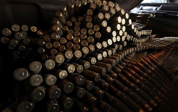Бойцы хмельницкого спецназа предотвратили захват боевого оружия