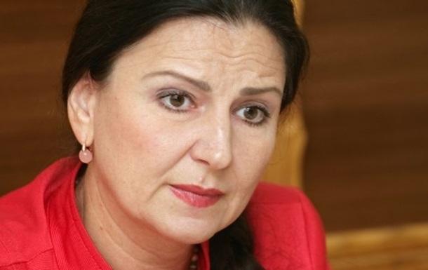 Богословская с трибуны Рады предупредила депутатов, что отныне выход из фракций чреват потерей мандата