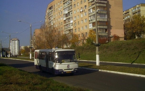 Автобусы будут курсировать в Межигорье пока на них будет спрос – КГГА