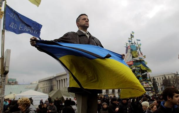 Итоги вторника: первые кандидаты в президенты и бессрочный протест в Крыму