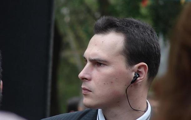 В Украине становится популярной услуга сопровождающего-охранника