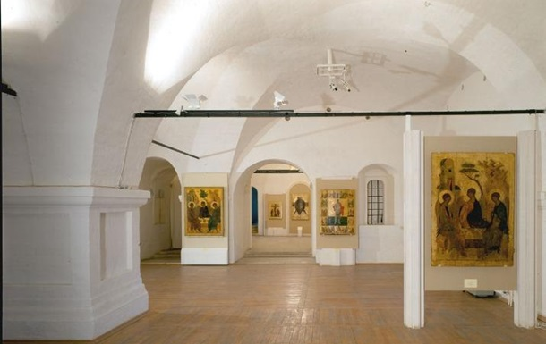 Московский музей досрочно закрыл выставку в Киеве