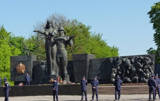 Во Львове Монумент Славы намерены перенести в музей террора