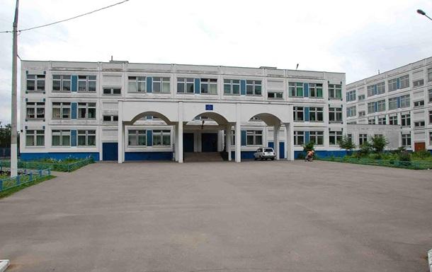 В Симферополе массово забирают детей из школ