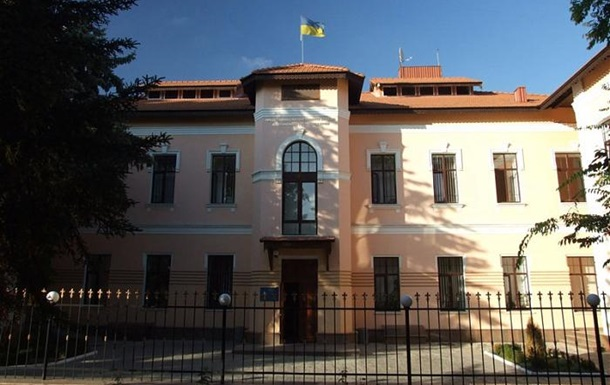 В Симферополе заблокировано представительство президента Украины