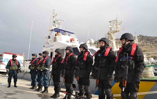 Военнослужащие ЧФ РФ пытались заблокировать пограничников, охраняющих морские границы Украины