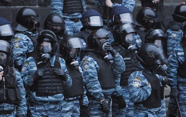 Бойцы расформированного Беркута готовы получать российские паспорта