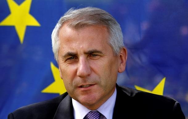 ЕС и Россия должны вместе помочь Украине сохранить целостность государства - глава представительства ЕС в РФ